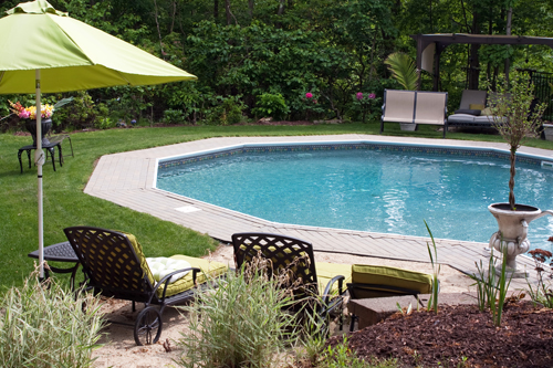 A Feature Of Many Contemporary Gardens Designs Swimming Pools Are Much More Stylish Than They Ever Used To Be With Types Available